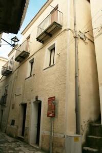47839_casa_del_poeta_e_scrittore_rocco_scotellaro_trica_002